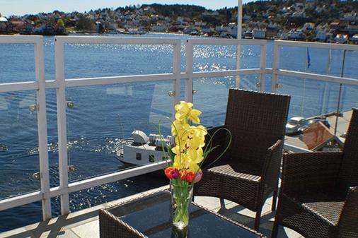 Clarion Hotel Tyholmen Arendal - Arendal - Balcony