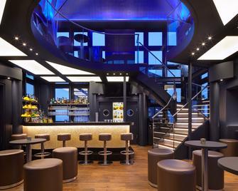 Hotel Hafen Hamburg - Hamburgo - Bar