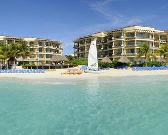Hotel Marina El Cid Spa & Beach Resort - Puerto Morelos - Building