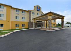 Comfort Inn & Suites Manheim - Lebanon - Manheim - Building