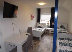 Hotel zum Norden - Schleswig-Jagel - Bedroom
