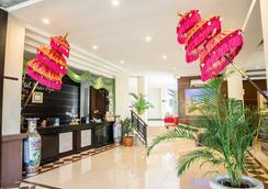Hotel Puri Ayu - Denpasar - Front desk