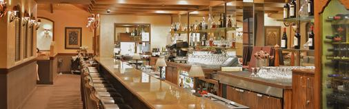 Casablanca Resort-Casino-Golf-Spa - Mesquite - Bar