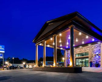 Best Western Riverside Inn - Macon - Gebäude
