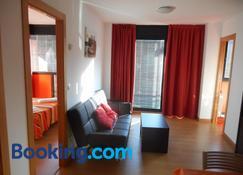 Apartamentos Turísticos Bahía de Boó - El Astillero - Living room