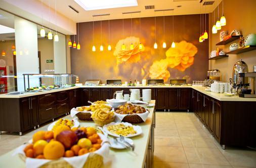 Best Western Plus Atakent Park Hotel - Αλμάτι - Μπουφές