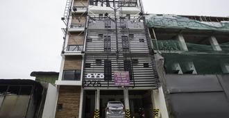 OYO 249 Happy House - Manila - Toà nhà