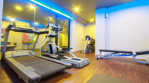 巴東帕拉迪渡假酒店 - 巴東 - 芭東海灘 - 健身房