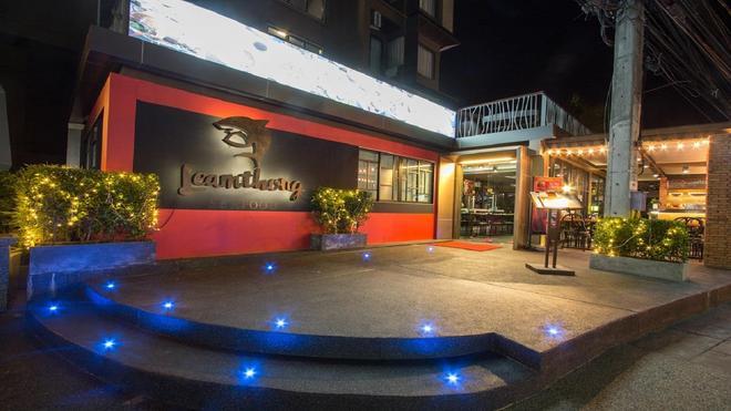 巴東帕拉迪渡假酒店 - 巴東 - 芭東 - 建築