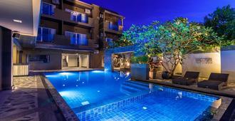 Mazi Design Hotel By Kalima - Patong - Piscine
