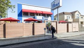 Usa Hostels Hollywood - Los Angeles - Building