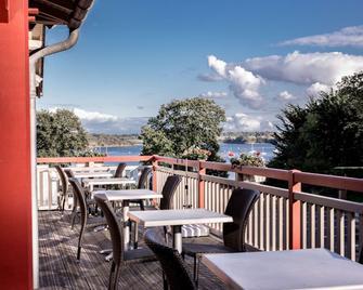 Hotel Kyriad Saint-Malo Ouest-Dinard - Дінар - Балкон