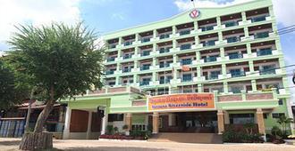Vansana Riverside Hotel - Vientiane