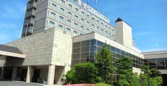 岡山ロイヤルホテル - 岡山市