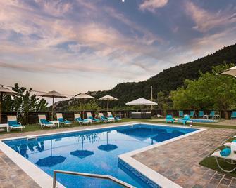 Ilaeira Mountain Resort - Lakedaimon - Pool