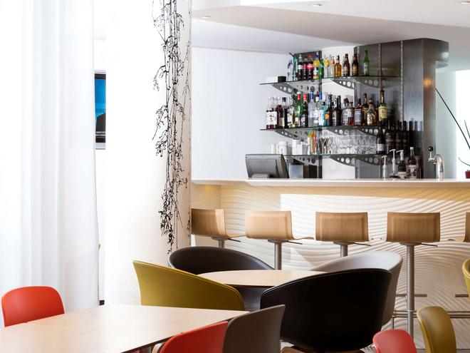 Novotel Suites Marseille Centre Euroméd - Μασσαλία - Bar