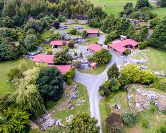 The Rocks Chalets - Takaka - Outdoor view