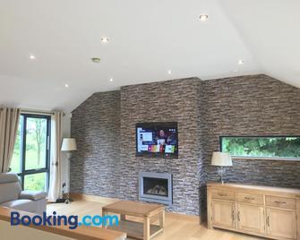 Holiday Home On Farnham Estate - Cavan - Living room