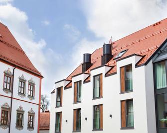 Riku Hotel Weißenhorn - Weissenhorn - Building