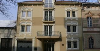 Öreg Miskolcz Hotel - מישקלוץ