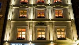 Hotel U Zlateho Stromu - Praga - Edificio