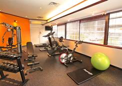 Accent Inns Vancouver Airport - Richmond - Gym
