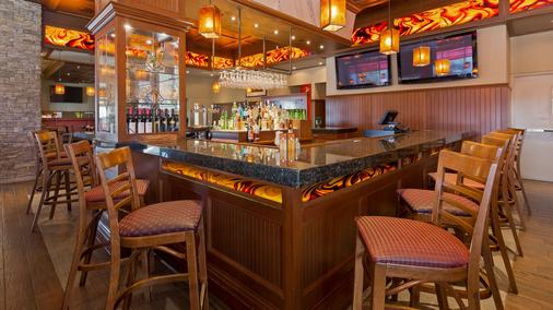 Best Western Plus Lamplighter Inn & Conference Centre - London - Bar