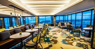 Vinpearl Resort & Golf Nam Hoi An - Hoi An - Restaurant