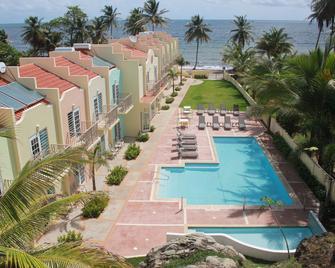 Hotel Lucia Beach - Yabucoa - Басейн