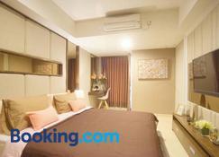 Residence Warhol Simpang Lima - Semarang - Bedroom