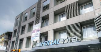Fersal Hotel Kalayaan - Quezon City - Rakennus