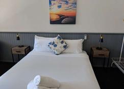 Squid Ink Motel - Belmont - Κρεβατοκάμαρα