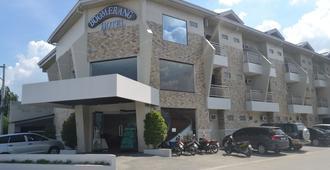 Boomerang Hotel - Angeles City