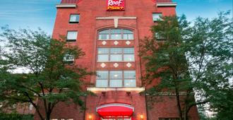 Red Roof Inn Plus+ Columbus Downtown - Convention Center - Columbus - Edificio