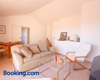 Apartaments Sa Guilla - Pals - Huiskamer