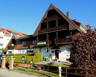 Gästehaus Birke - Titisee-Neustadt - Building