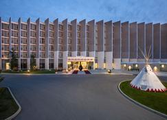 Grey Eagle Resort - Calgary - Edificio