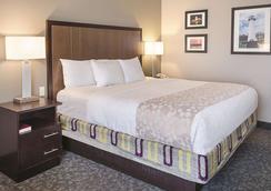 La Quinta Inn & Suites by Wyndham Biloxi - Biloxi - Bedroom