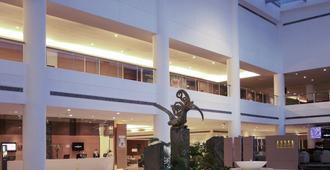 古晉普爾曼酒店 - 古晉 - 建築