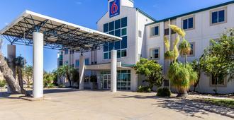 Motel 6 Harlingen, TX - Харлинген - Здание