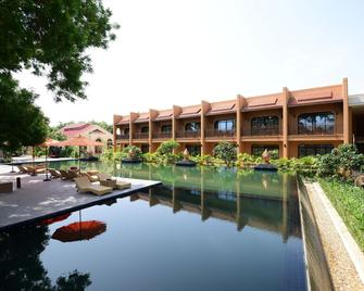 Bagan Umbra Hotel - Bagan - Edificio