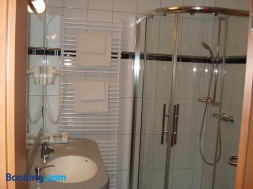 Panorama Hotel Am Frankenstein - Bad Salzungen - Bathroom