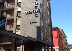 Hotel Antares - ארונה - בניין