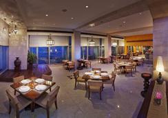 孟買泰姬陵塔酒店 - 孟買 - 餐廳