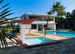 Paradise Resort Apartments - Mombasa - Pool