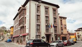 Hotel El Sella - Cangas de Onís - Building