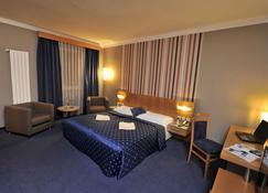 Hotel Blue Bratislava - Bratislava - Soveværelse