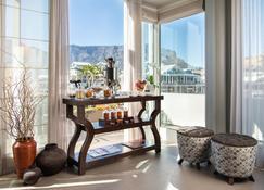 Cape Grace Hotel - Cape Town - Building