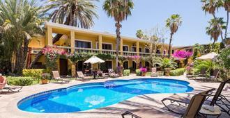 El Encanto Inn & Suites - סן חוסה דל קאבו - בריכה