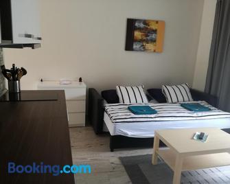 Apartments Relax - Dunajská Streda - Wohnzimmer